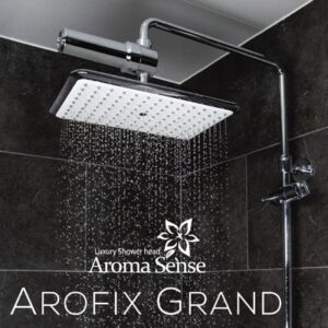 Arofix Grand sadesuihku aromeilla ja suodattimilla.
